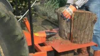 HyCrack Log Splitter in action.