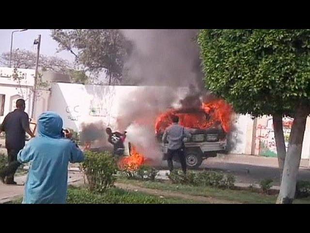 Ожесточенные столкновения в Египте: десятки пострадавших