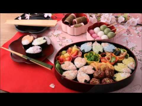 さくらの花見にお弁当は日本の文化だ!