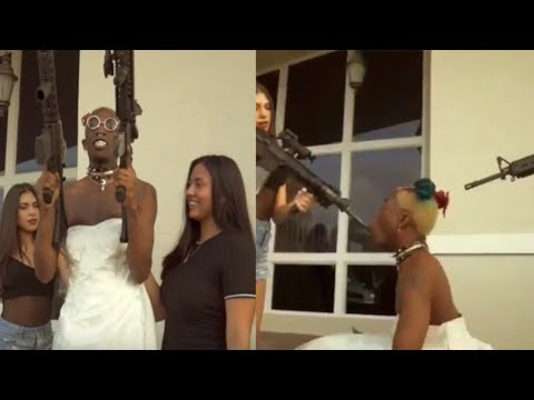 New School Rapper goes Viral after wearing a wedding dress and simulating BJ's
