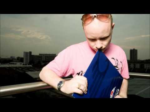Stu Hirst - Big Rooms Bigger Tunes (Original Mix)