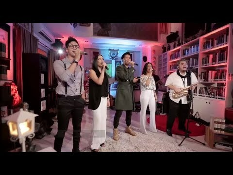 Stereo Cast - Luar Biasa (Live at Music Everywhere) **