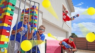 ESCAPE THE PRISON GUARD CHALLENGE! NERF BLASTER BATTLE ROYALE!
