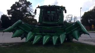 John Deere's new 608FC Corn Head at Farm Progress Show 2016