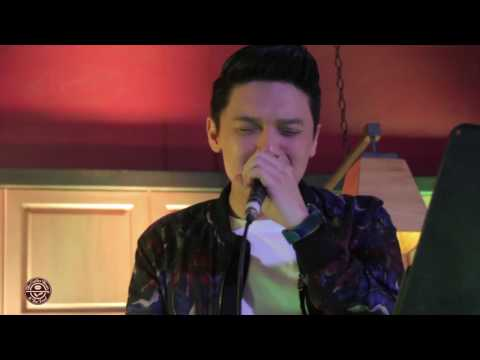 Tim Pavino - Jealous (a Labrinth cover) Live at the Stages Sessions