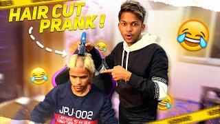 Hair Cut Prank On My Friend Goes Wrong 😱😱😱 screenshot 5