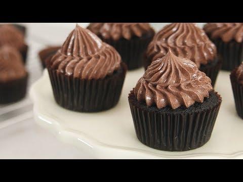 Dark Chocolate Cupcakes Recipe | Yummy Ph