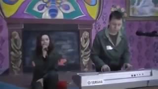 Девушки в колонии России нереально красиво поют.