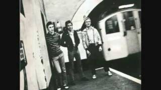 The Jam - Down in the Tube Station at Midnight (Live)