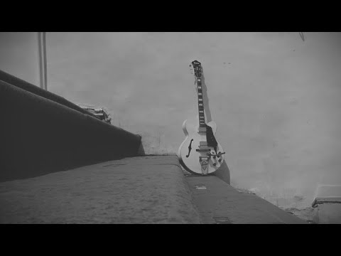 Lovendio - Kursi Kosong (Official Lyric Video)