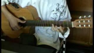 Изгиб гитары жёлтой