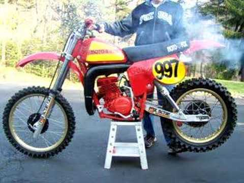 vintage honda elsinore cr 250 r warm up youtube. Black Bedroom Furniture Sets. Home Design Ideas