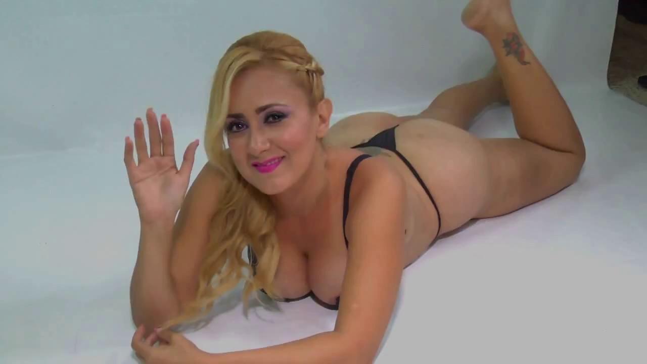 Angie modelo sexy ecuador guayaquil ecuador youtube for Modelos guayaquil