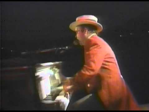 Elton John - Crocodile Rock - Wembley 1984 (HQ Audio)