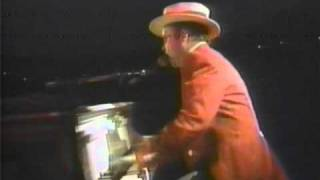 Elton John - Crocodile Rock - Wembley 1984 (HQ Audio)