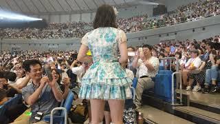 横浜アリーナ なるちゃんの可愛さに打ちのめされるがいい.