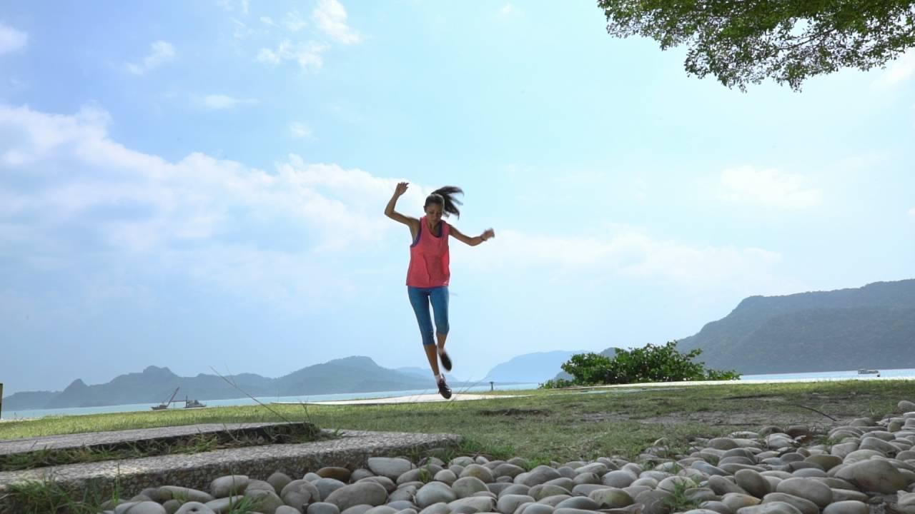 attain-mindful-positivity-with-jojo-struys