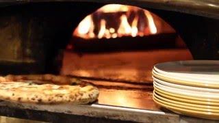 Neapolitan Pizza - Wood-fired Margherita Pizza