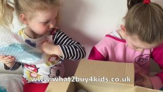 Long haul flights// Travelling with kids Video