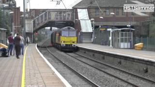 Colas Railfreight 60087 Passes West Ealing - 6V62
