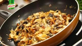 Przepis- Smażone poledwiczki z sosem grzybowym (przepisy kulinarne Przepisy.pl)