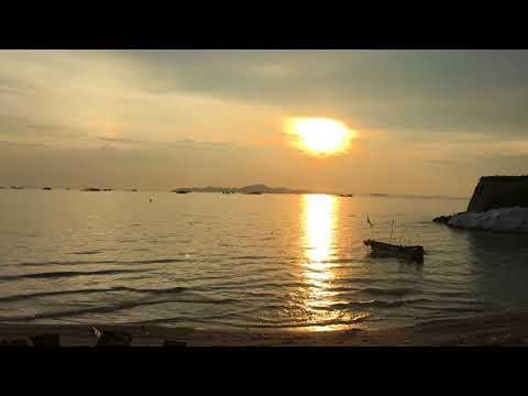 Unboxing TV Kids Travel Dusit Thani Pattaya Thailand