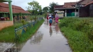 SDN Sukaraya 04 Kec. Karang Bahagia Kab. Bekasi Langganan Banjir Setiap Kali Musim Huja