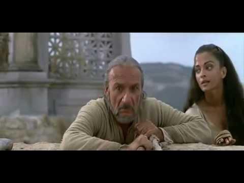 Aishwarya Rai Hot Cleavage From Hollywood Movie