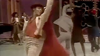 Van McCoy - The Hustle (Official Music Video)