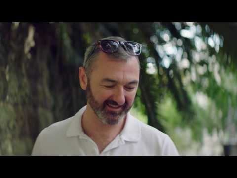 Meet Chris, an Airbnb host in Elizabeth Bay | Airbnb Citizen