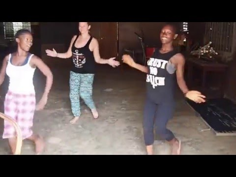 First West African Dance Lesson in Guinea, Conakry 2015