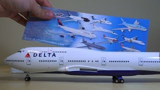 Skymarks Delta 747-400 Unboxing (1:200)