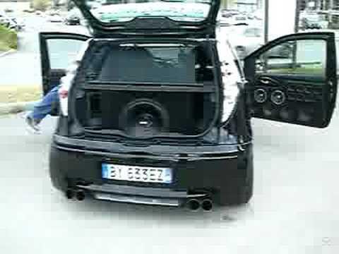 Fronte da urlo fiat punto youtube - Impianto stereo da camera ...