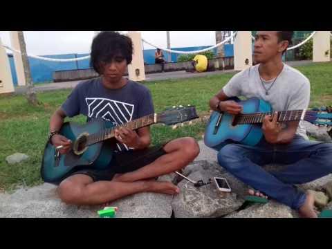 Anak rantau butur kocak abis nyanyikan Pasir putih Malaysia di bintulu