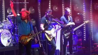 "Brothers Osborne in Kansas City ""Shoot Me Straight"" 6/09/18"
