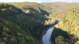 Скала на водопаде Куперля. Внизу река Нугуш [07.05.2016](, 2016-05-11T12:05:16.000Z)