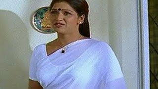 Repeat youtube video Hot Bhuvaneswari Caught Redhanded