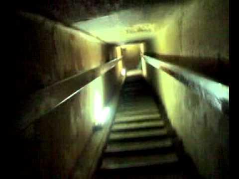 interno della piramide di chefren youtube