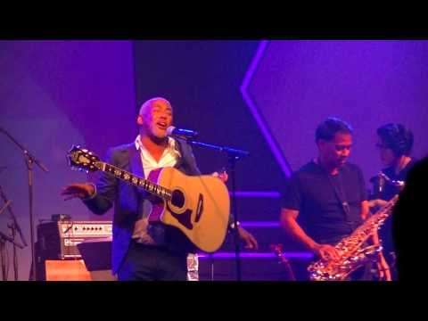 """Living My Dream"" - Jonathan Butler @ New Hope Oahu 3/11/16"