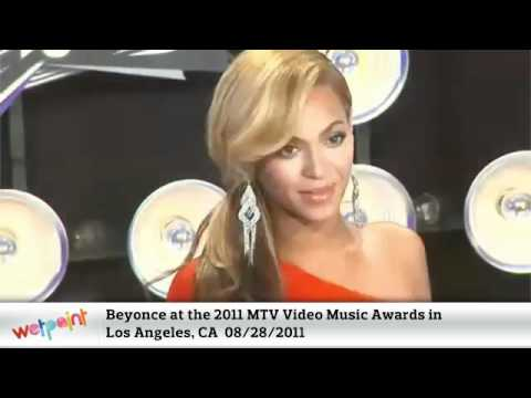 Beyonce Show Off Her Baby Bump at the 2011 MTV Video Music Awards
