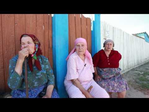 Câteva femei revoltate de la Ulmu îi cer socoteală președintelui Igor Dodon