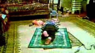 Muslim Baby Vusal praying to Allah 3gp
