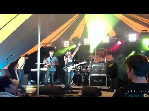 Offshore @ ReggaeFer festival 2011