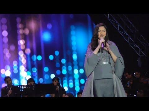 Penyanyi Isyana Sarasvati Ramaikan Panggung Ayat Ayat Cinta 2 In Concert