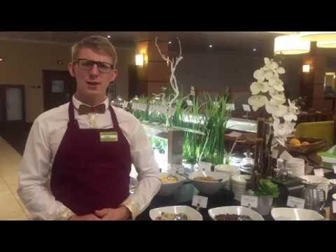Горнаков Кирилл - официант ресторана в отеле Hilton Garden Inn Krasnoyarsk