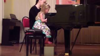 Элина 4 года (16 марта 2017) Концерт в ДШИ им. Л.В. Собинова - А. Дементьев 'Музыка'