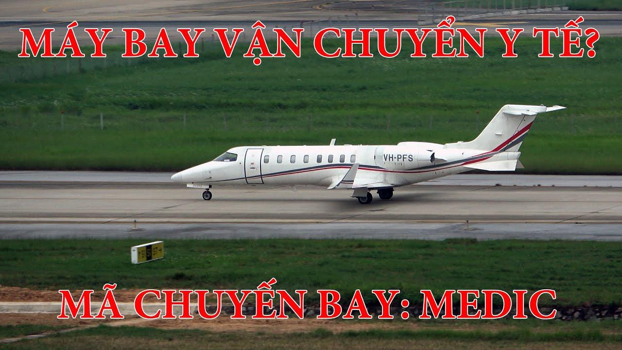 Hai chiếc máy bay vận chuyển y tế đặc biệt ở sân bay Nội Bài.