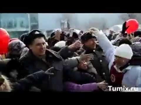 Раздача бесплатных сосисок на 8 марта в Тюмени