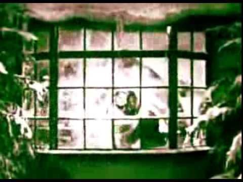Fem Bobbies -  Tipp Tapp - Tomtarnas Julatt - ( Swedish ) The elf's Christmas Night