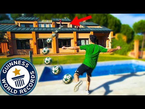 TIROS IMPOSIBLES CHALLENGE EN NUESTRA MANSION!! EXTREME GARDEN FOOTBALL CHALLENGES